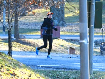 Staunton runner Jessi Locklear talks with sports journalist Patrick Hite about running on 8 degree temperature days and what she does to stay warm.