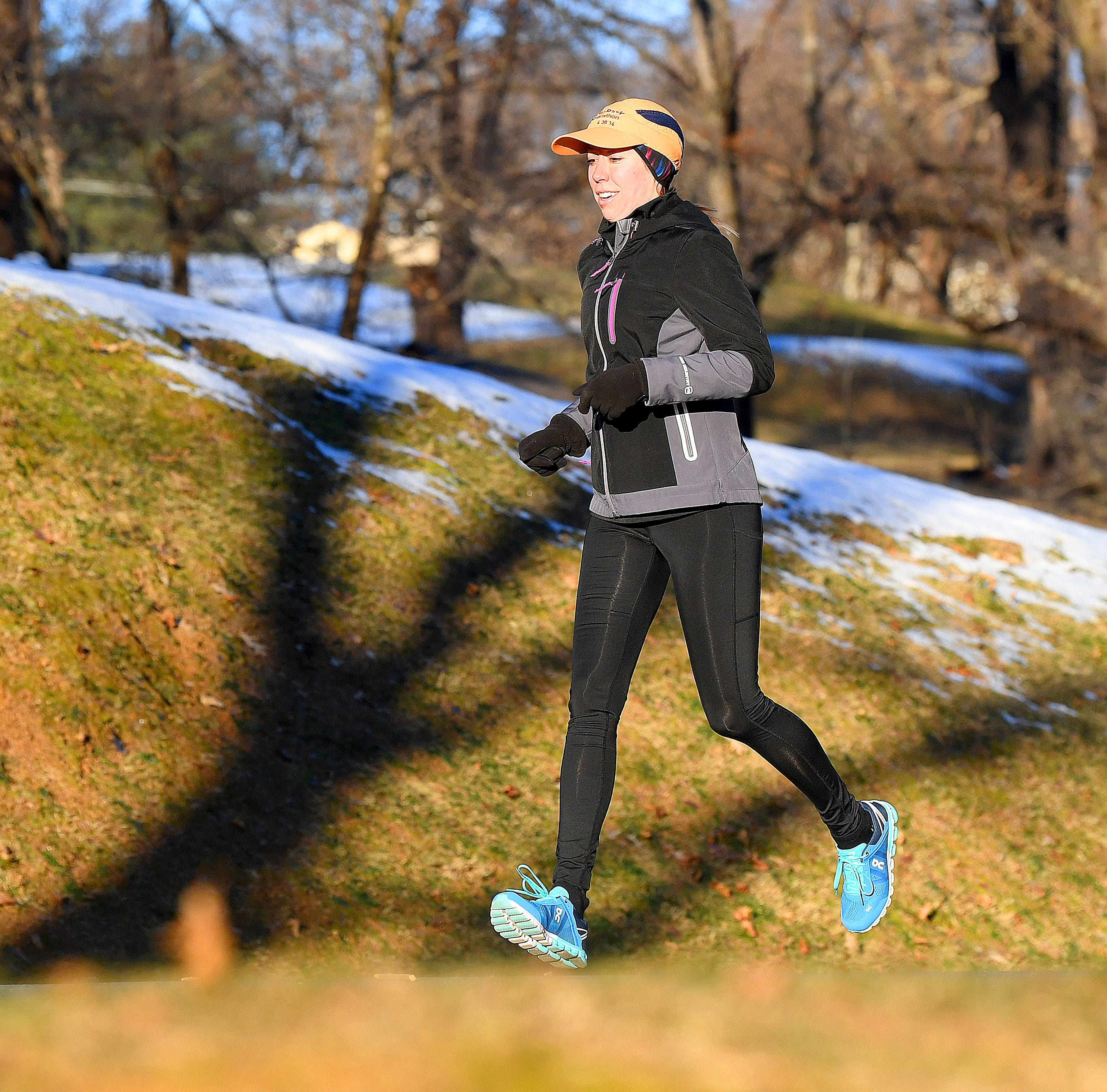 Cold-weather doesn't deter Staunton runners