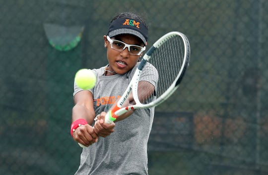 FAMU's Haleigh Porter shined in the opening match versus Morgan State on Friday, Jan. 18. The women won 3-0 in a rain-shortened contest.