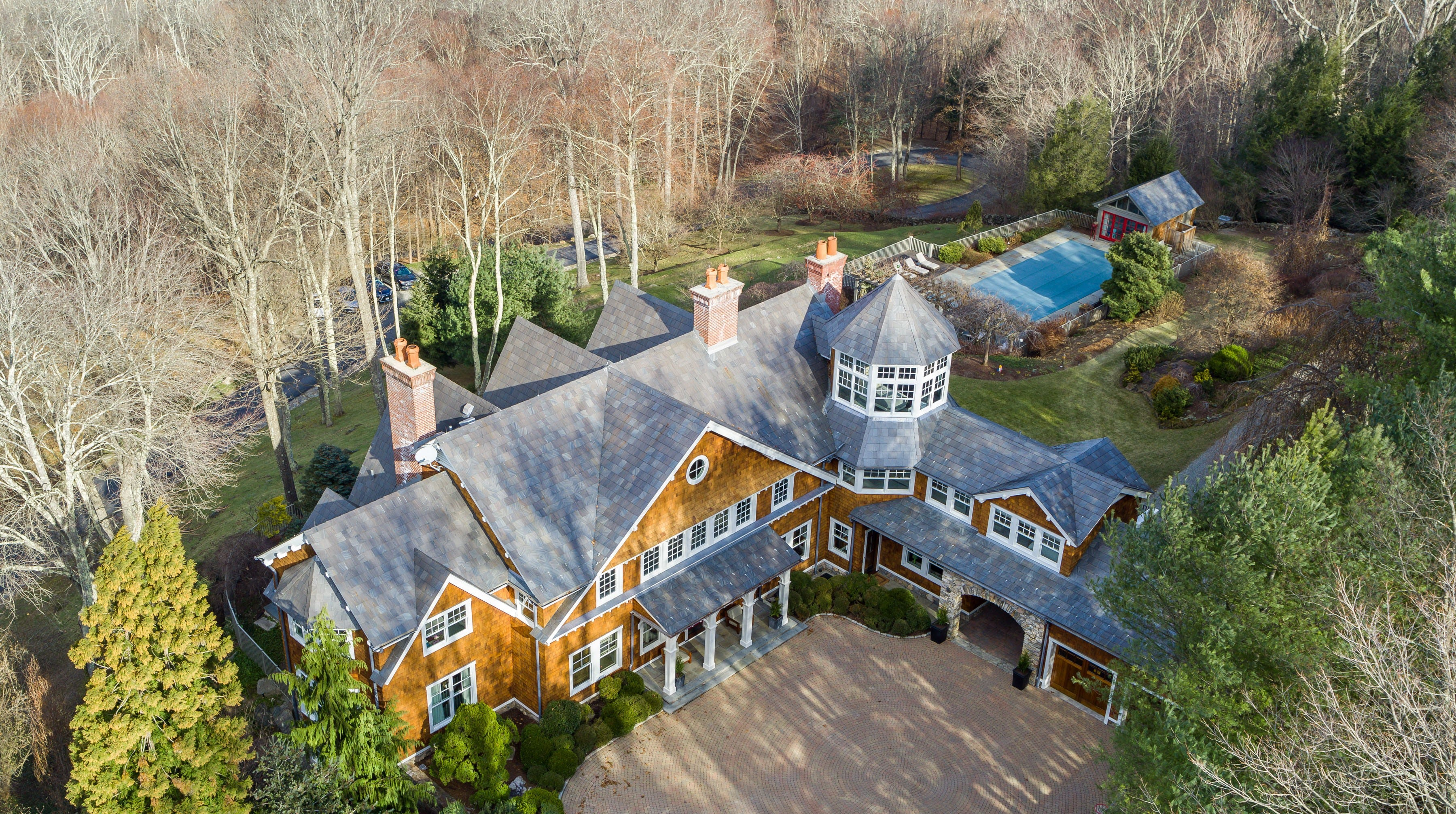 An aerial look at actor Bruce Willis' Bedford Corners estate, now on the market for $12.95 million.