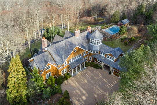 An aerial look at actor Bruce Willis' Bedford Corners estate.
