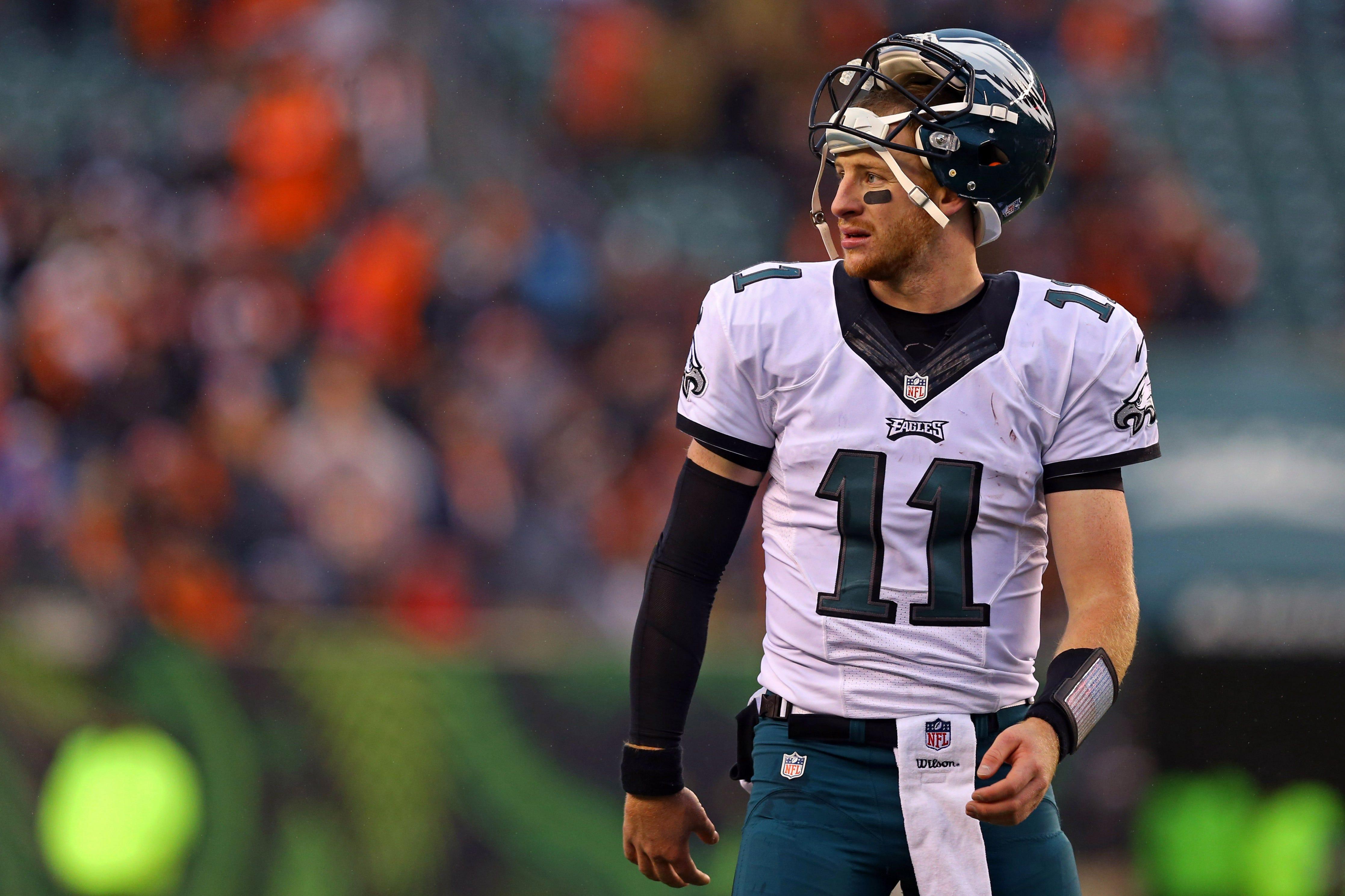 Philadelphia Eagles players push back on report labeling QB Carson Wentz as 'selfish'