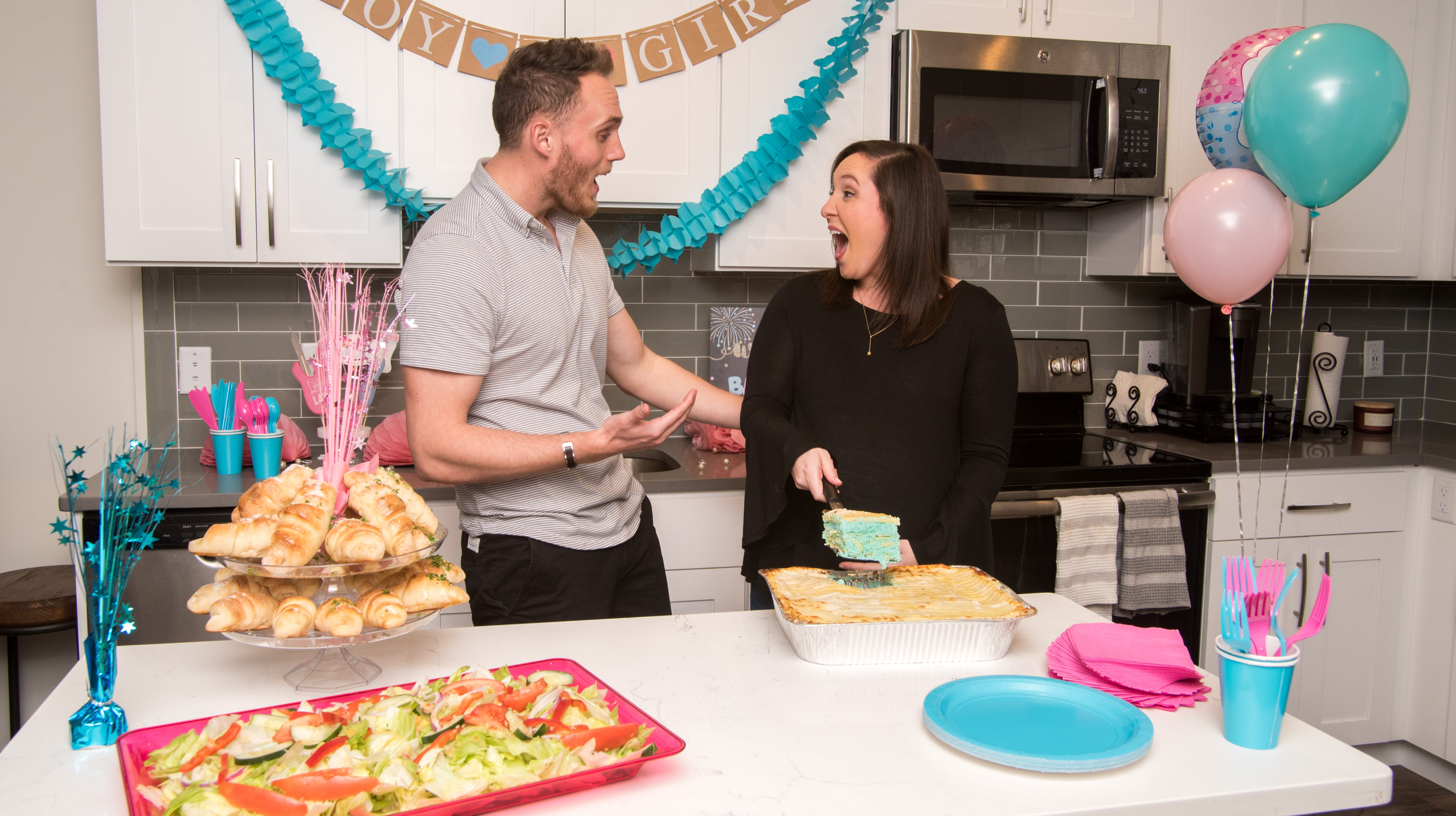 Forget blue or pink cakes, now expecting parents can get gender-reveal lasagna