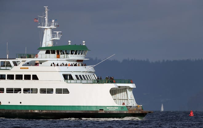 The M/V Wenatchee heads to Seattle from Bainbridge Island on Sunday, January 20, 2019.