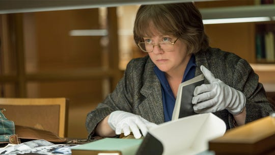 "This image released by Fox Searchlight Pictures shows Melissa McCarthy in a scene from ""Can You Ever Forgive Me?"""
