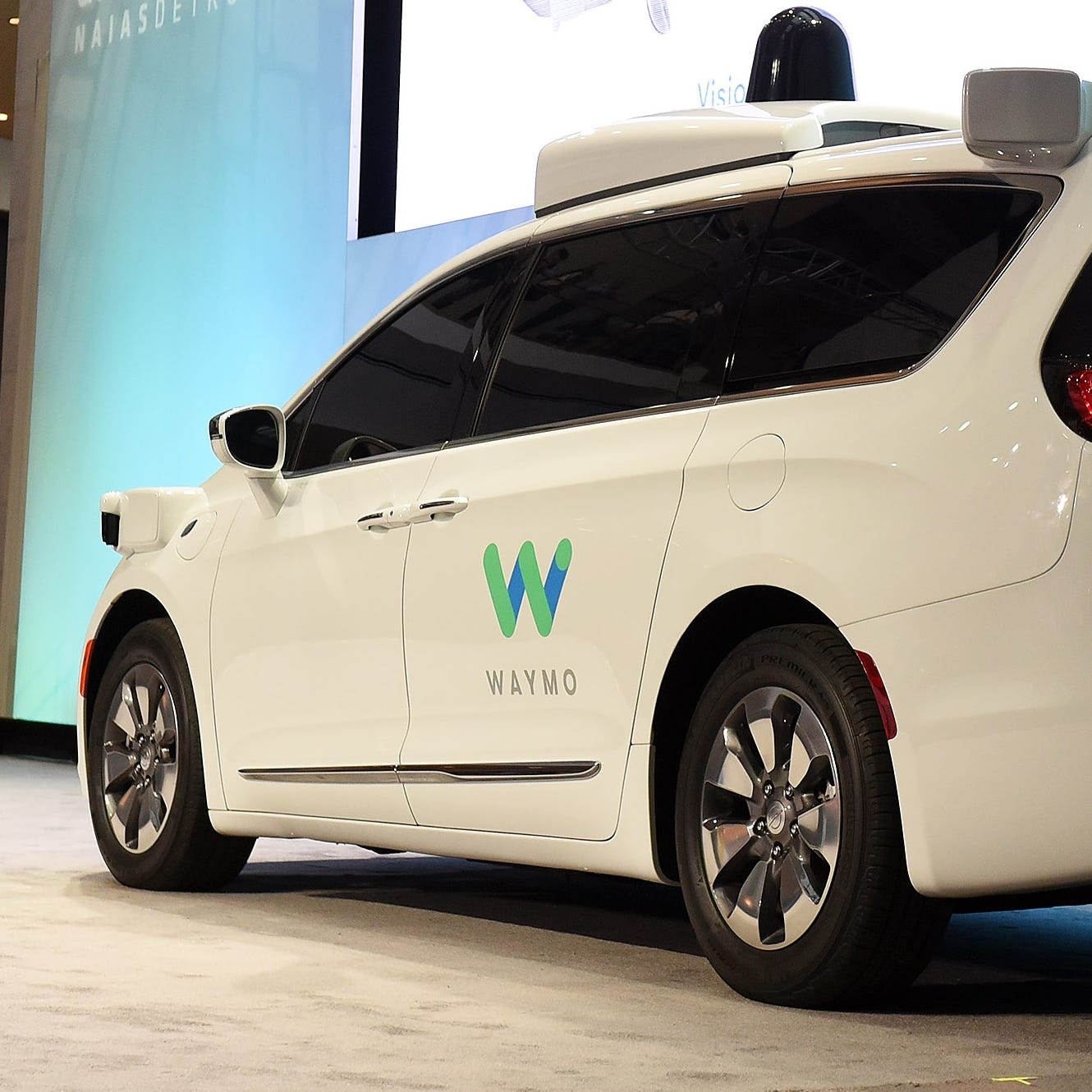 Waymo picks Detroit for self-driving factory