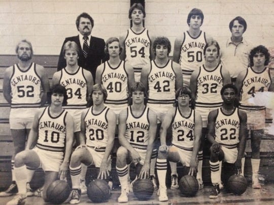 Legendary UW-Fond du Lac coach Dick Knar, who had 223 wins with the school, finished his last season with the program in 1980-81.