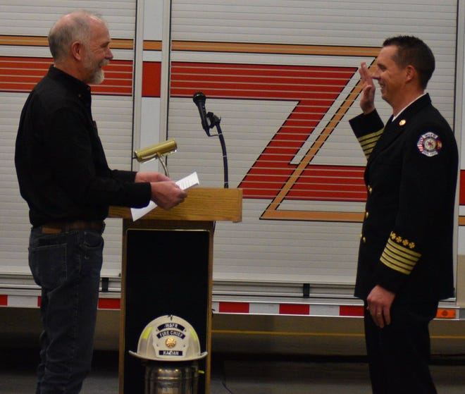 The new Windsor Severance Fire Rescue chief Kris Kazian is sworn in on Wednesday, Jan. 16, 2019.