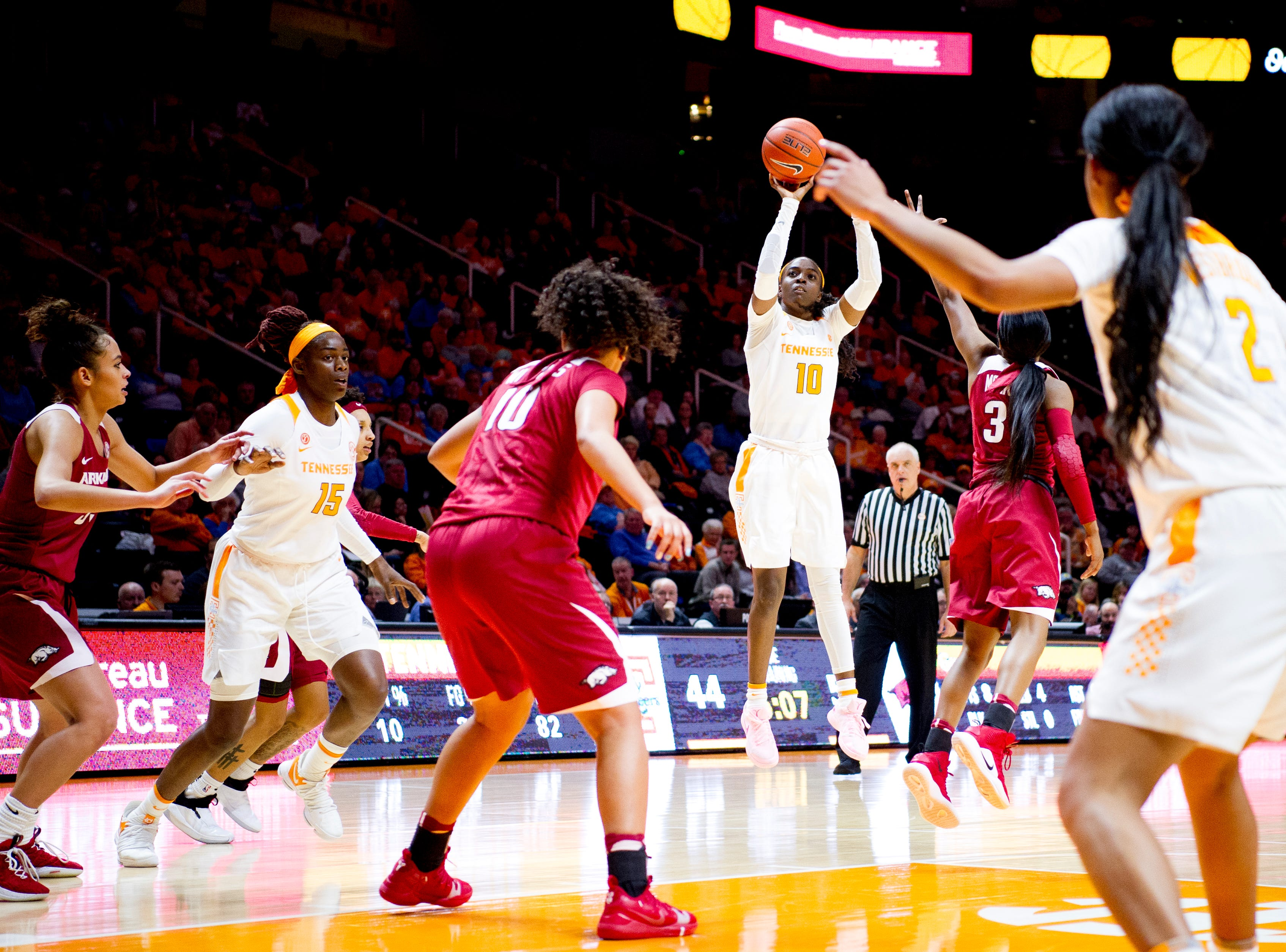 Tennessee guard/forward Meme Jackson (10) shoots the ball during a game between Tennessee and Arkansas at Thompson-Boling Arena in Knoxville, Tennessee on Monday, January 21, 2019.