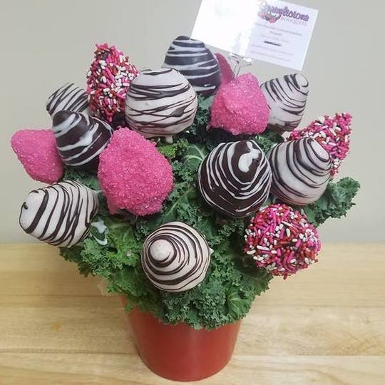 Berrylicious Bouquets offers chocolate covered strawberry bouquets.