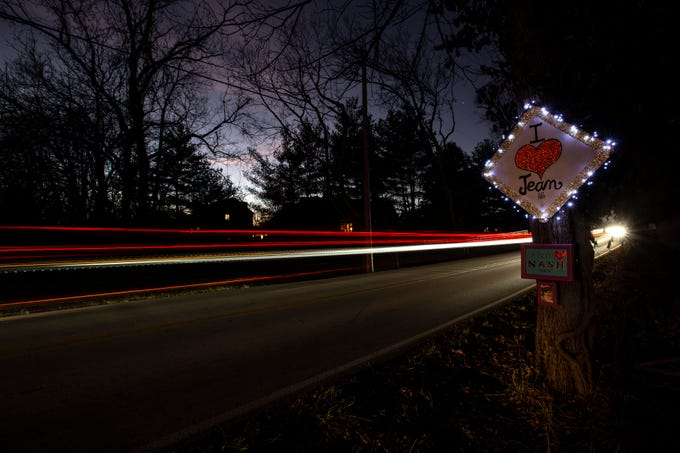 Les Terwilleger's 'I Heart Jean' sign on Springdale Rd. started a tradition of hanging signs of admiration along the road. Jan. 4, 2019.