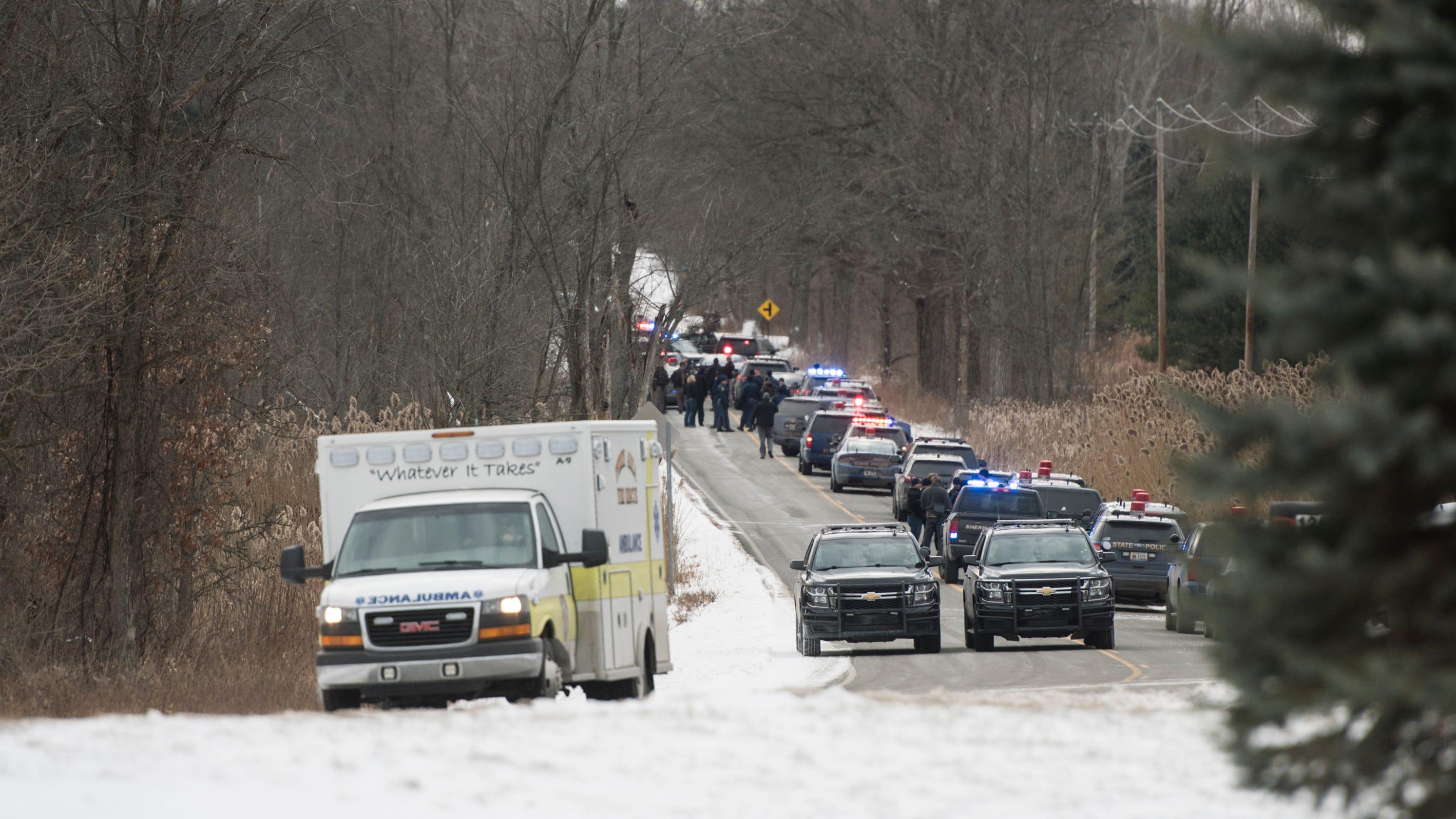 Shiawassee deputies shoot man who shot Saginaw County police officer