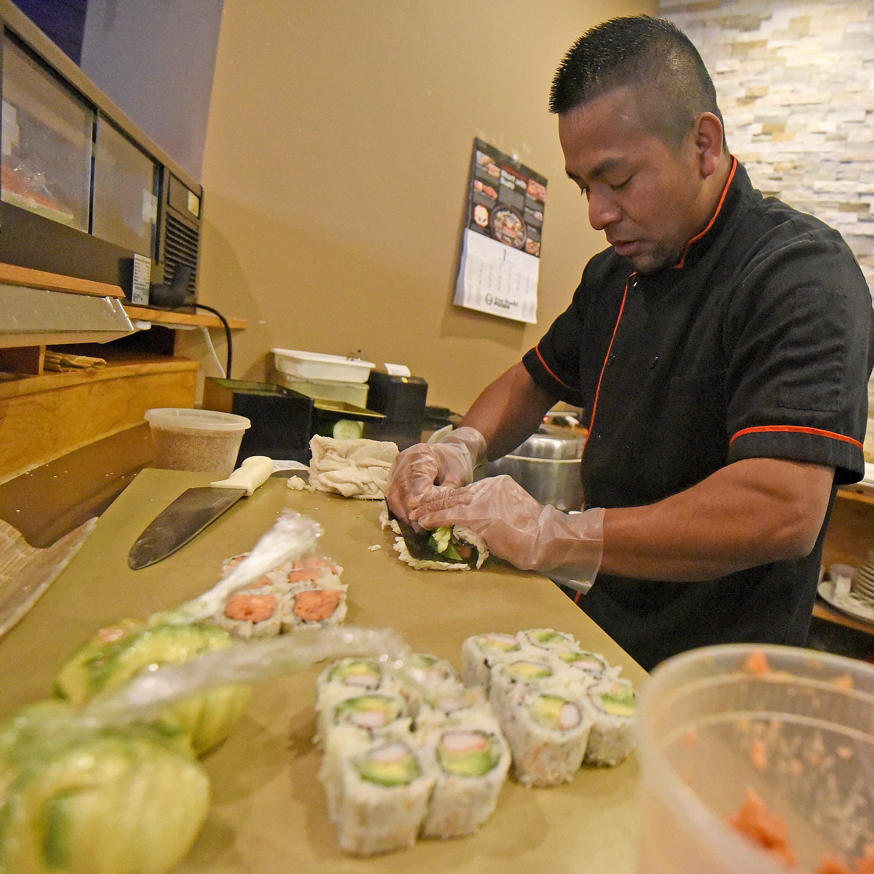 Wokano Japanese Steakhouse celebrates new location with grand reopening
