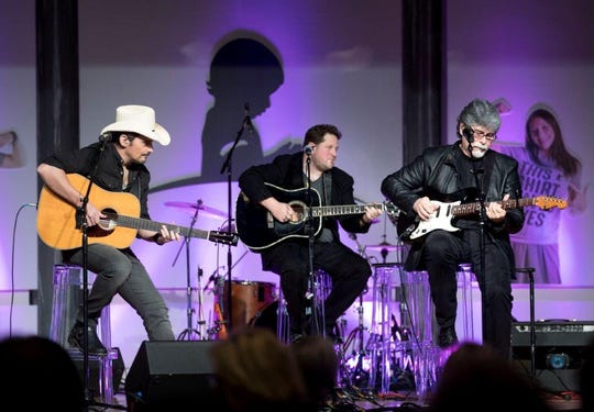 Brad Paisley (left) and Alabama's Randy Owen (right) were part of County Cares for St. Jude Kids in 2018.