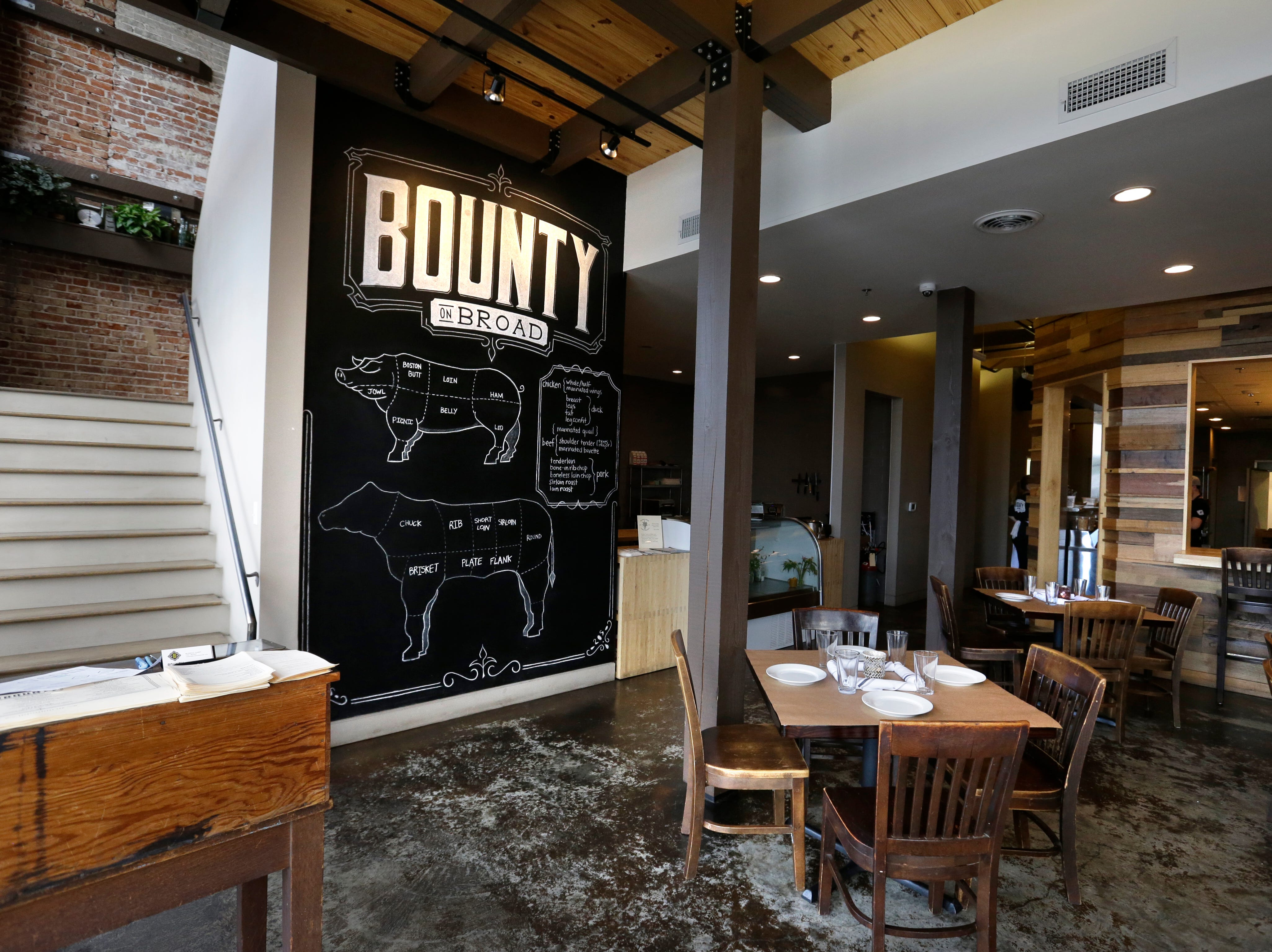 August 5, 2016- The downstairs dining room at Bounty on Broad features large-scale chalkboard art. (Nikki Boertman/The Commercial Appeal)
