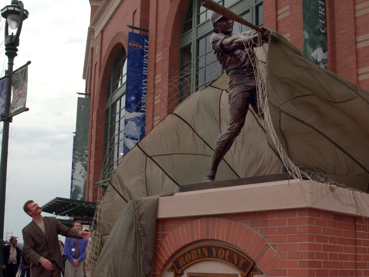 Robin Yount watches the unveiling of his statue in front of Miller Park Thursday April 5, 2001. Yount and Hank Aaron both had statues dedicated to them at the new ball park.