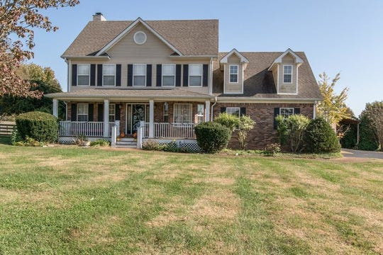 WILLIAMSON COUNTY: 1555 W. Harpeth Road, Franklin 37064