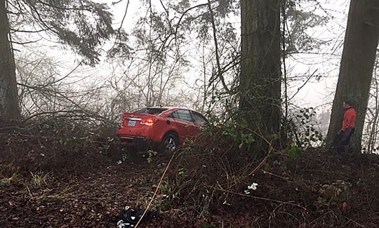 Deputies from the Benton County Sheriff's Office responded to a single vehicle crash into the Willamette River on Highway 20, mile marker 2, just east of Corvallis at 7:30 am today, January 21, 2019.
