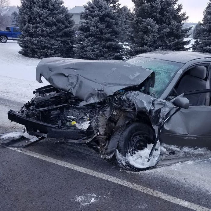 3 seriously injured in east Sioux Falls crash