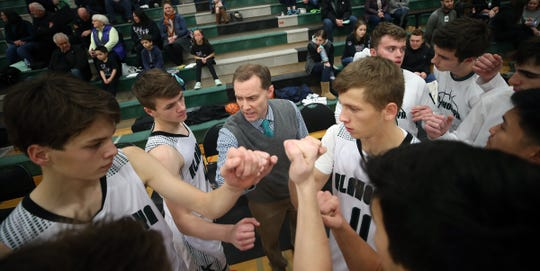 Klahowya boys basketball coach Bryan Thoemke and the Eagles have clinched a share of the Olympic League 1A title with two league games remaining.