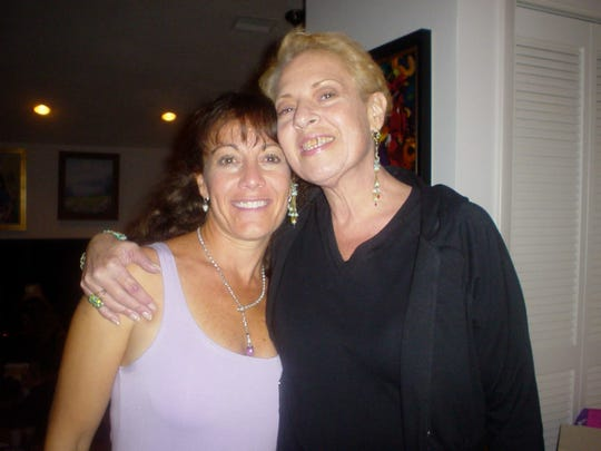 Suzy Anand Garfinkle and her cousin Susan Jeanette Garfinkle, who died from complications of addiction to fentanyl in 2014.