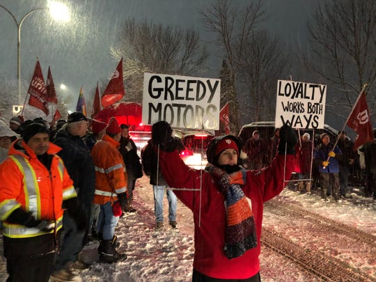 Unifor members protest in front of General Motors headquarters in Ontario, Canada on Jan. 23, 2019 over GM's decision to idle its Oshawa Assembly plant this year.