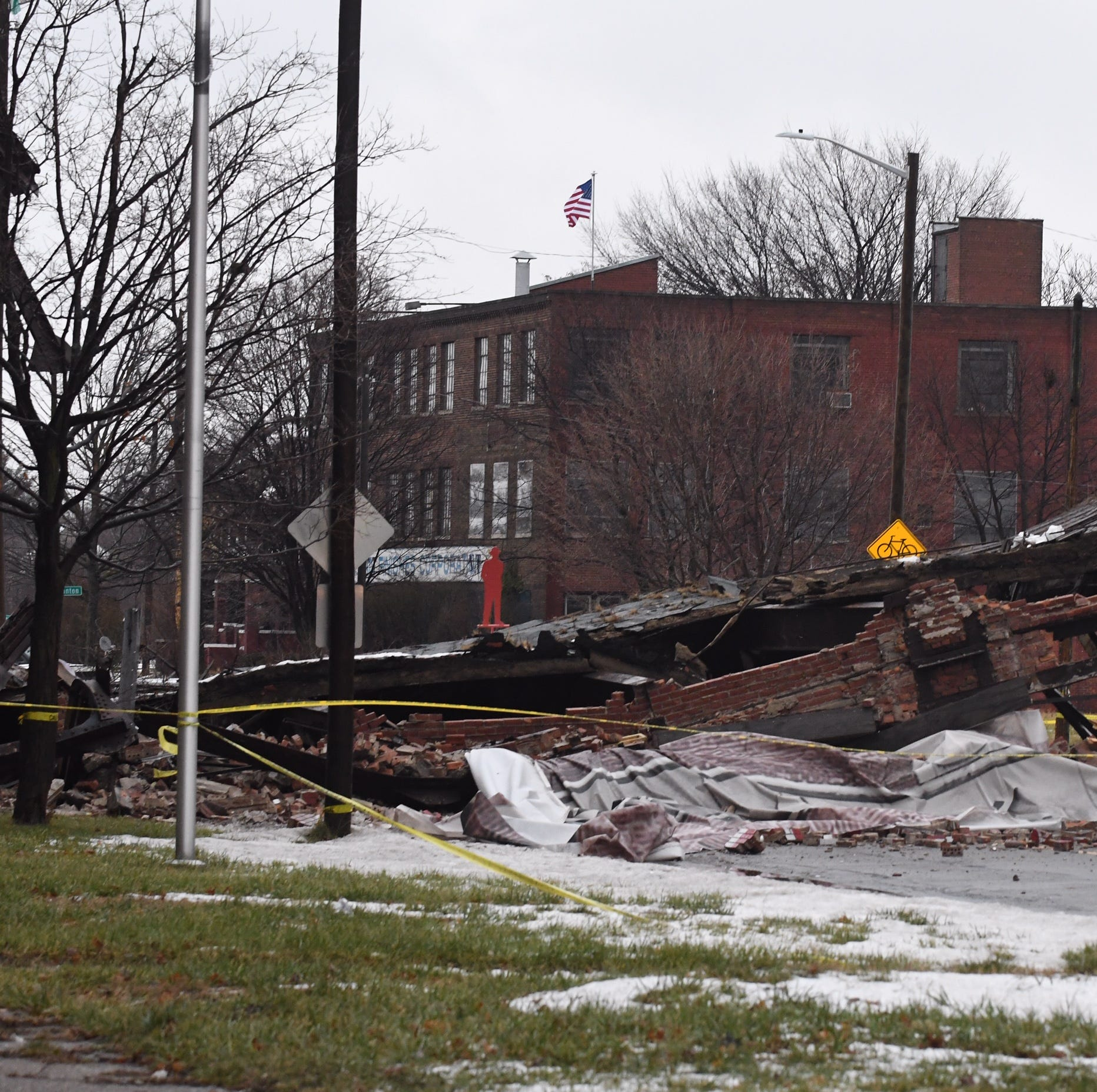 Weather fluctuations likely to blame in collapse of bridge at old Packard Plant
