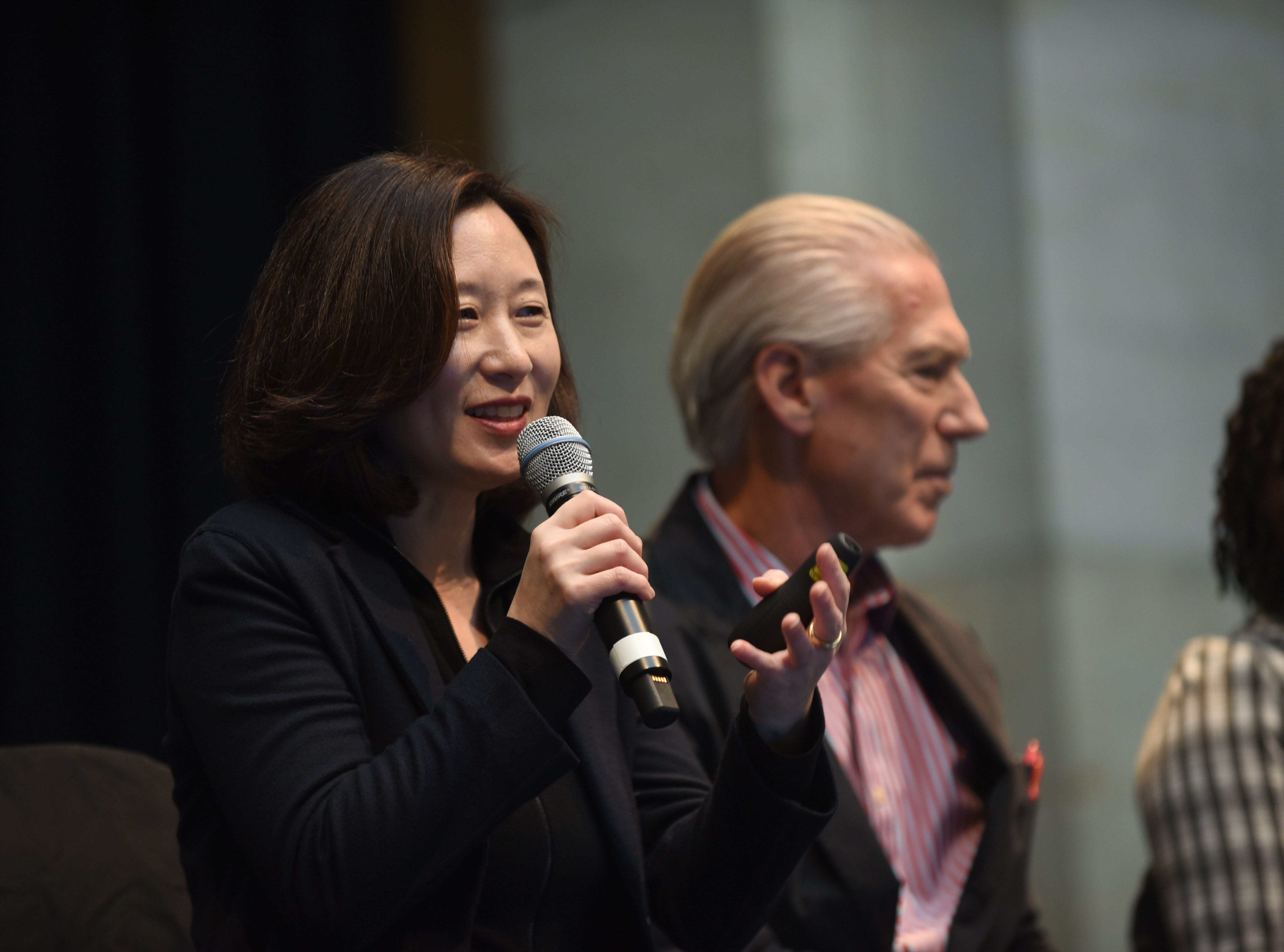 Mikyoung Kim (left), of Mikyoung Kim Design, along with Jamie Carpenter, of James Carpenter Design Associates,  address a jury panel on Wednesday, January 23, 2019.