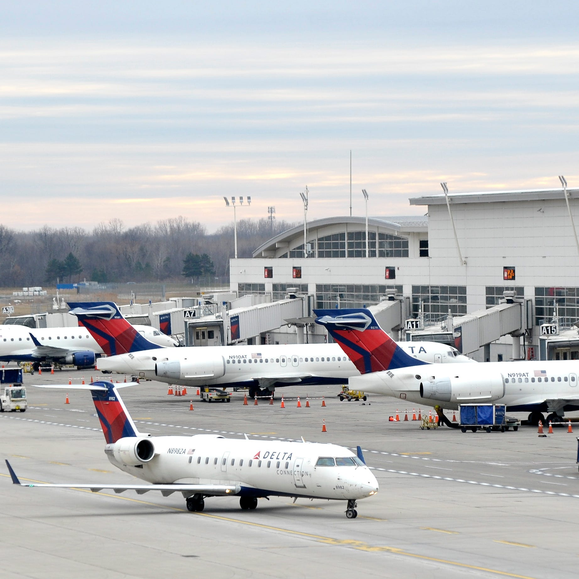 The icy mix that hit evening commuters Tuesday caused Detroit Metro Airport to close, at 8 p.m., according to a post by the Federal Aviation Administration