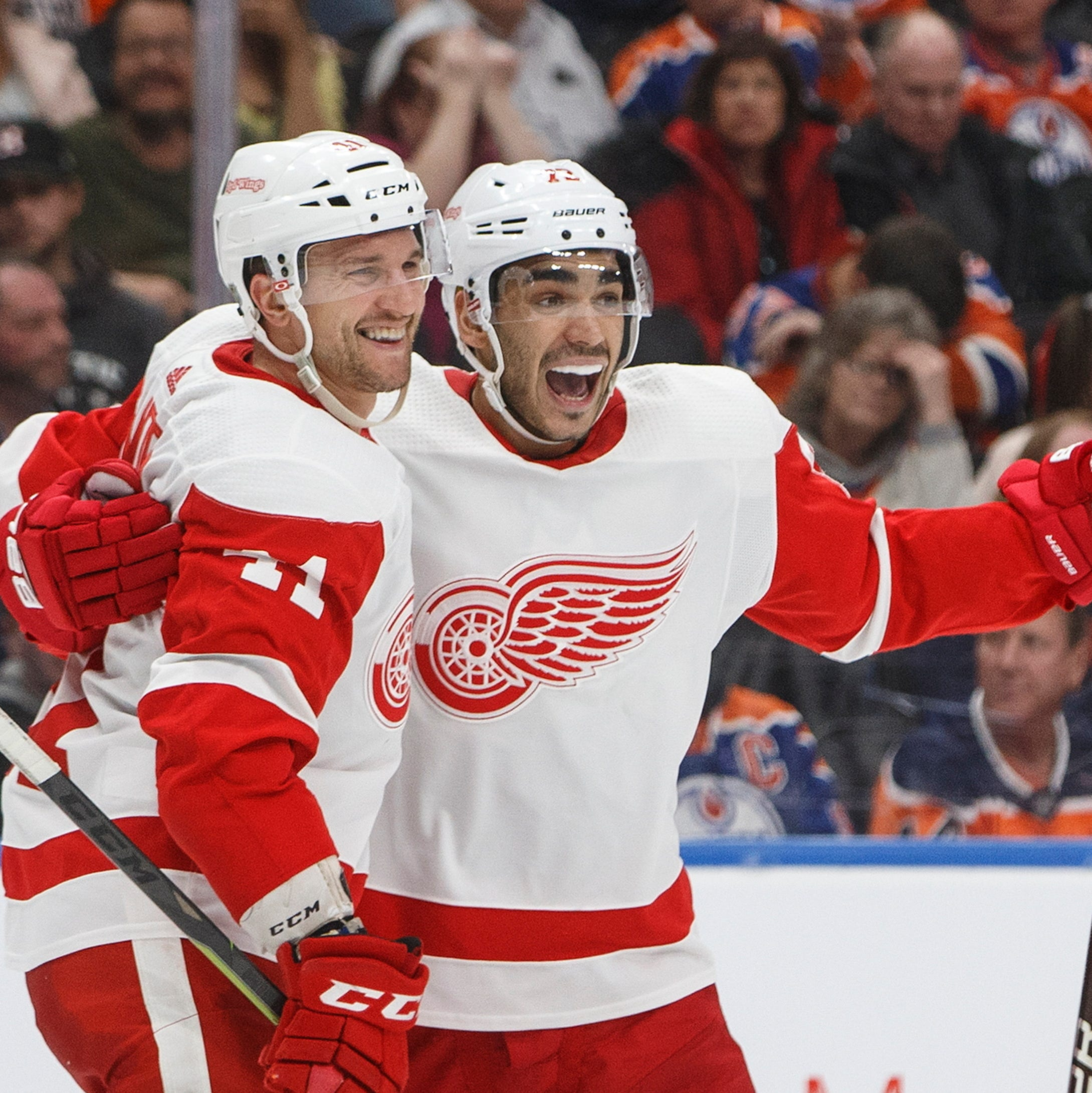 Red Wings edge Oilers, head into All-Star break on winning note