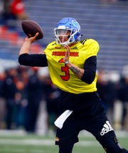 South quarterback Tyree Jackson of Buffalo (3) throws a pass during practice for Saturday's Senior Bowl.