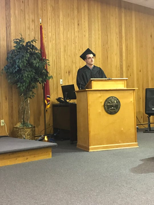 Graduate Theron Cox delivers a speech at the Jackson Day Reporting Center graduation ceremony on Jan. 23 in Jackson, Tenn.