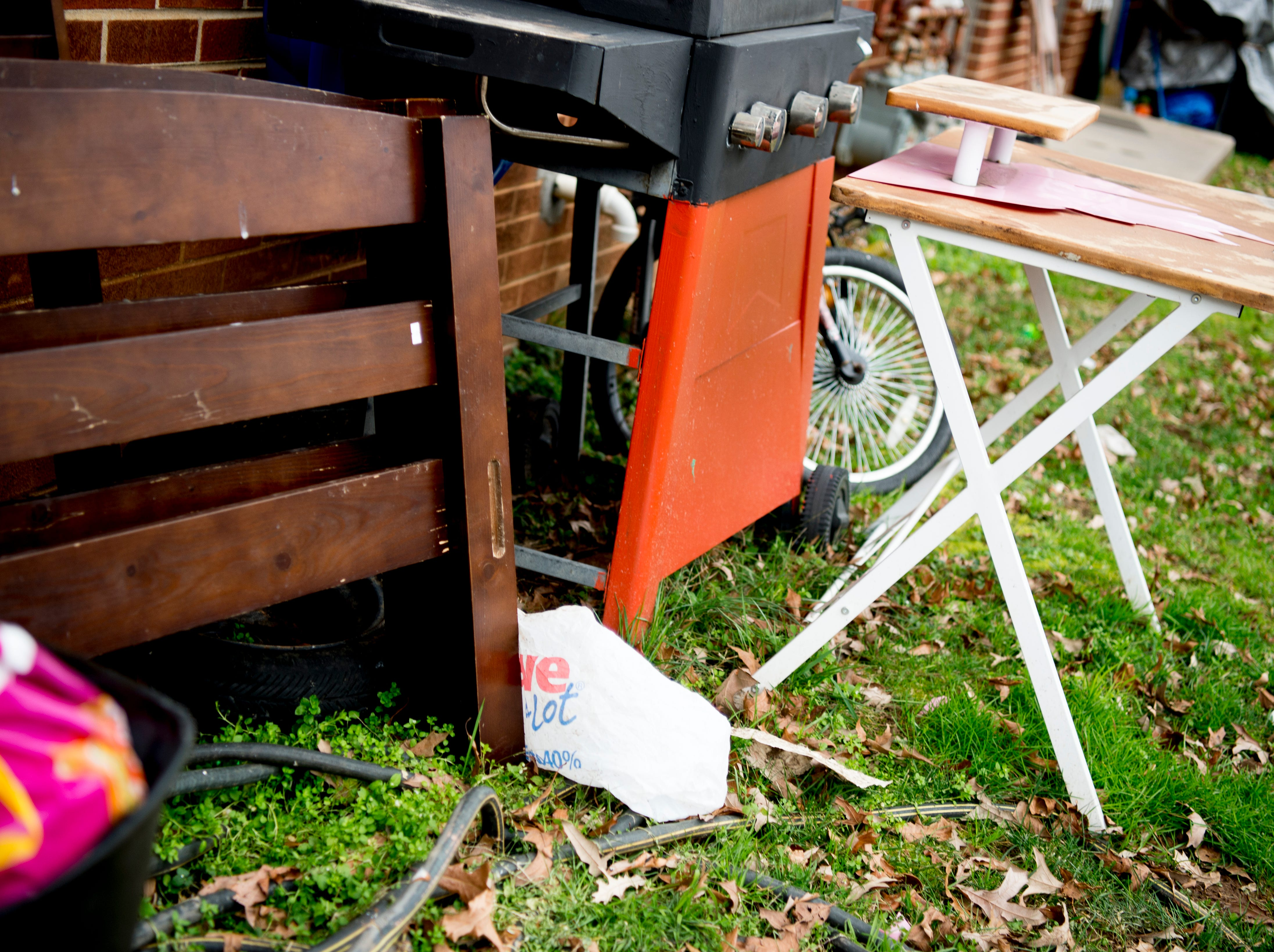 Items are strewn about on the lawn in Austin Homes in Knoxville, Tennessee, on Wednesday, January 23, 2019. Knoxville's Community Development Corporation (KCDC) plans a revitalization of the site into a residential neighborhood with potential for affordable, workforce and market-rate housing units, as well as other appropriate non-residential uses.