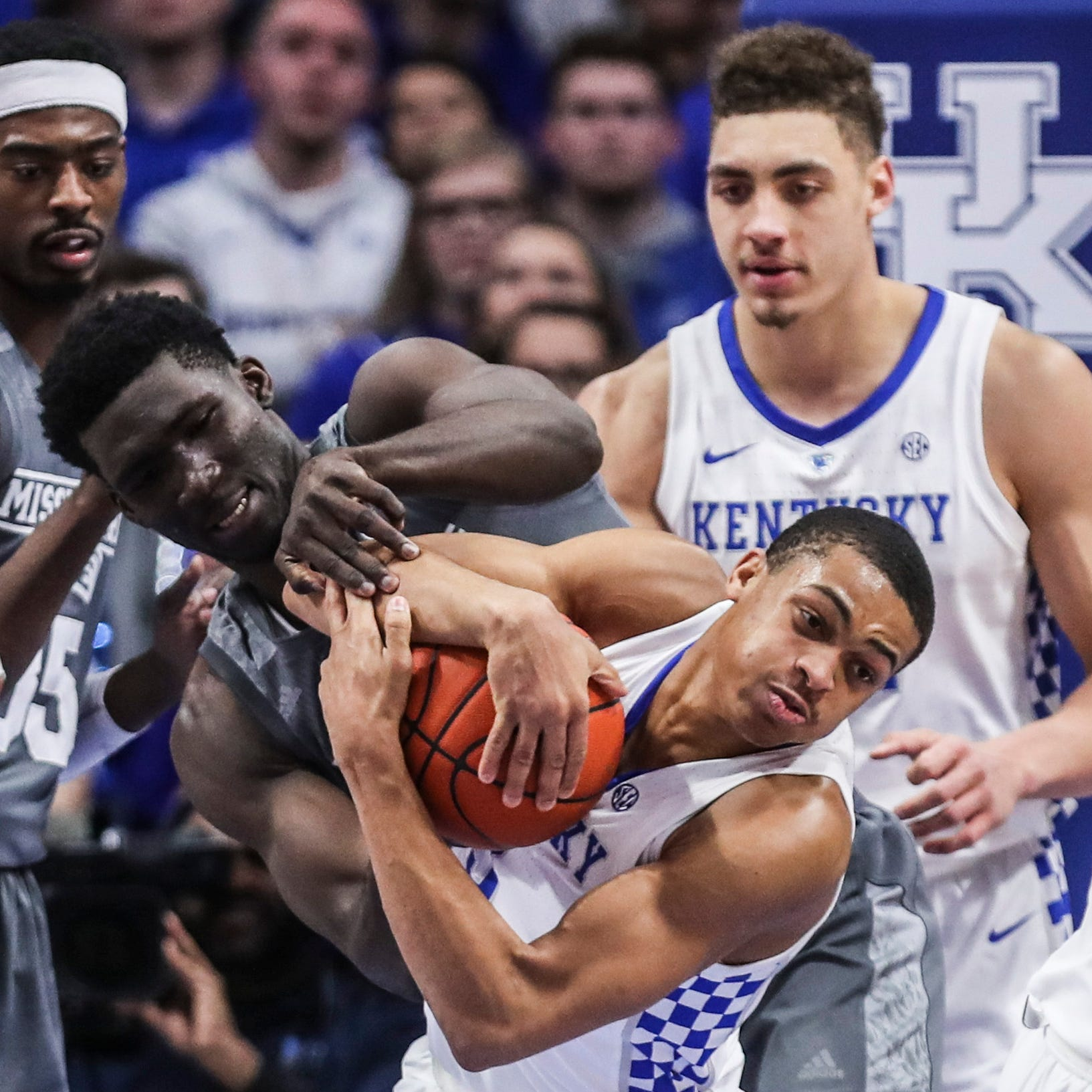 Mississippi State falls apart offensively in lopsided loss to Kentucky