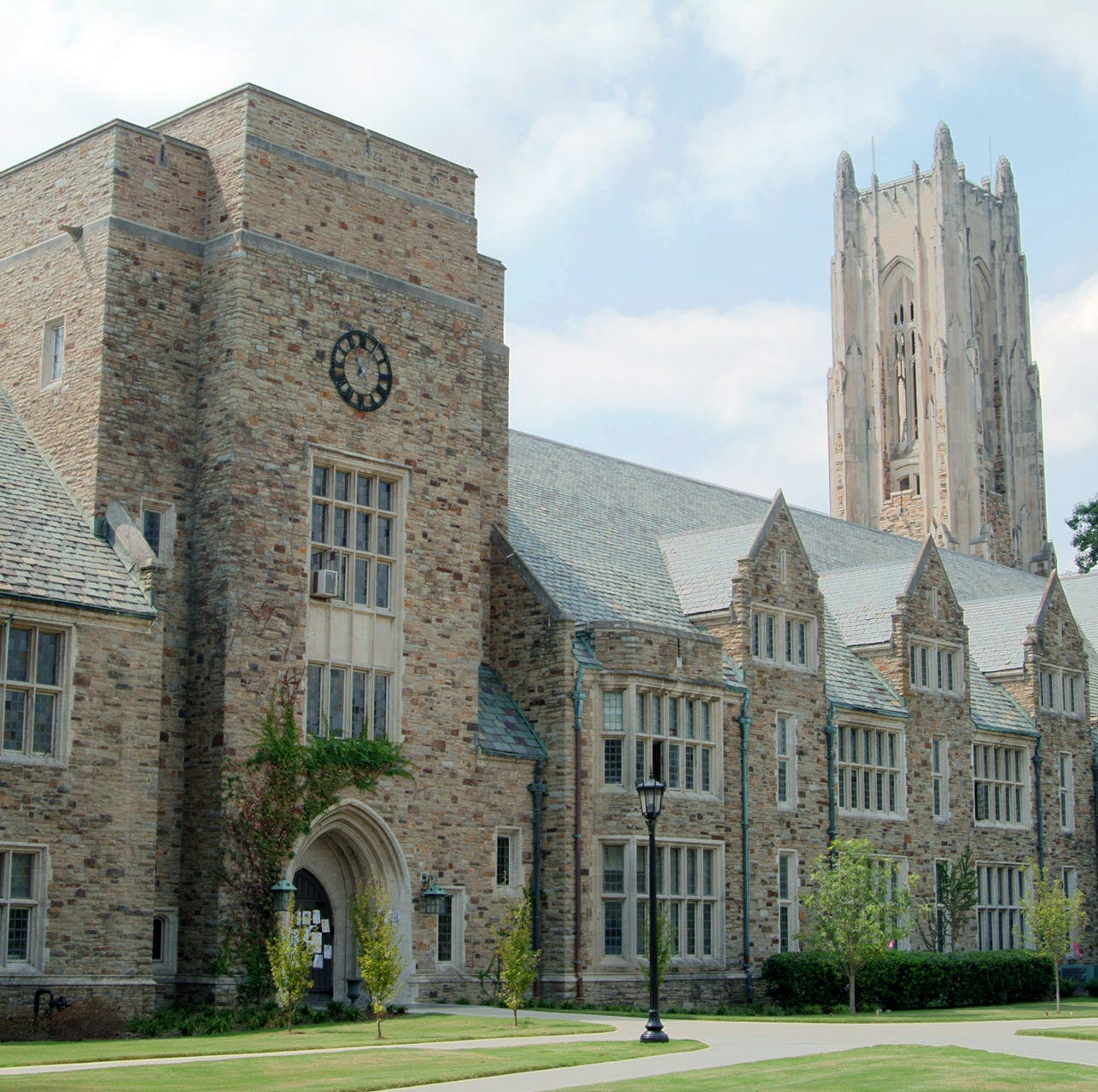 Memphis police investigating reported sexual assault at Rhodes College