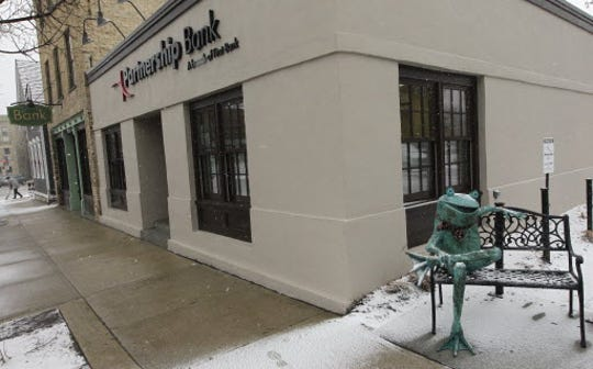Partnership Bank, of Cedarburg, has agreed to be acquired by Manitowoc's Bank First.