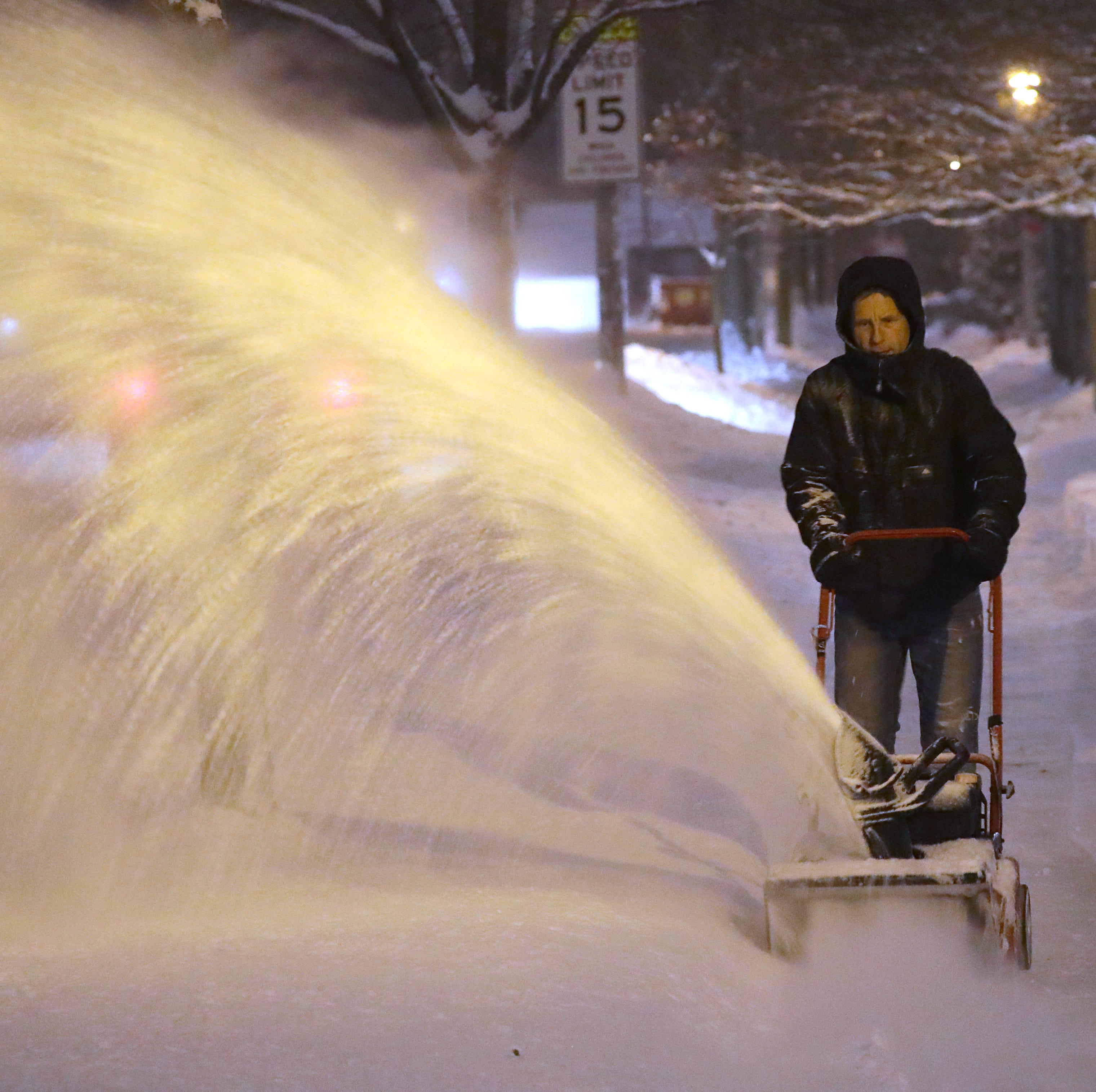 Second storm in a week could still drop up to 9 inches on Milwaukee area