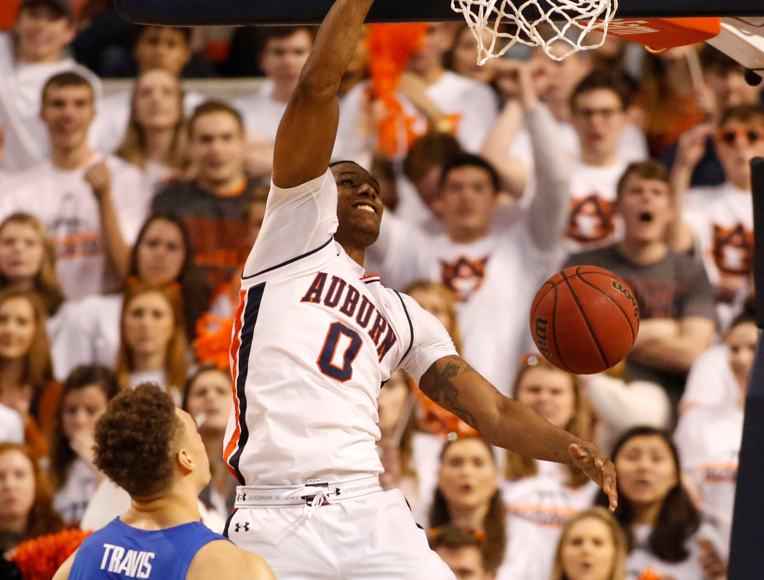 Jan 19, 2019; Auburn, AL, USA; Auburn Tigers forward Horace Spencer (0) makes a shot against the Kentucky Wildcats during the first half at Auburn Arena. Mandatory Credit: John Reed-USA TODAY Sports
