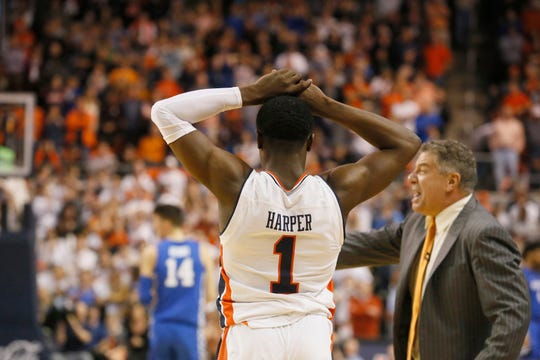 Auburn guard Jared Harper (1) reacts after missing a shot in the final seconds against Kentucky at Auburn Arena on Jan. 19, 2019.