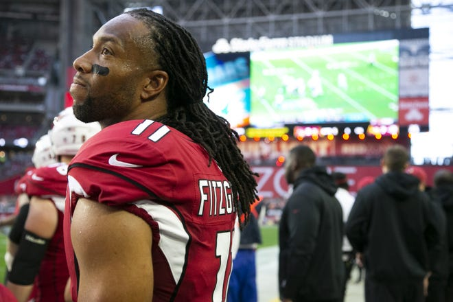 Larry Fitzgerald on Wednesday announced he will return to the field for the Cardinals for his 16th season.