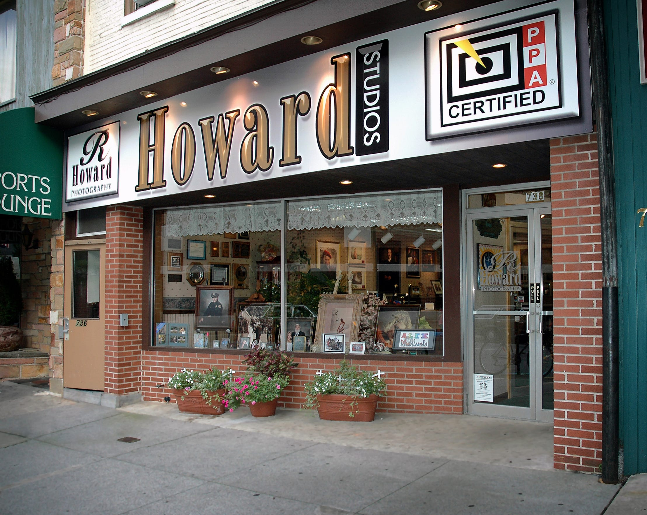 Howard Studios at 738 Cumberland Street, pictured when it was new in 2005.