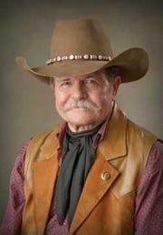 San Angelo author Mike Thompson.