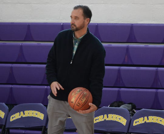 Stephen Decatur coach Scott Kurtz coaches his team against Crisfield on Tuesday, Jan. 22, 2019.