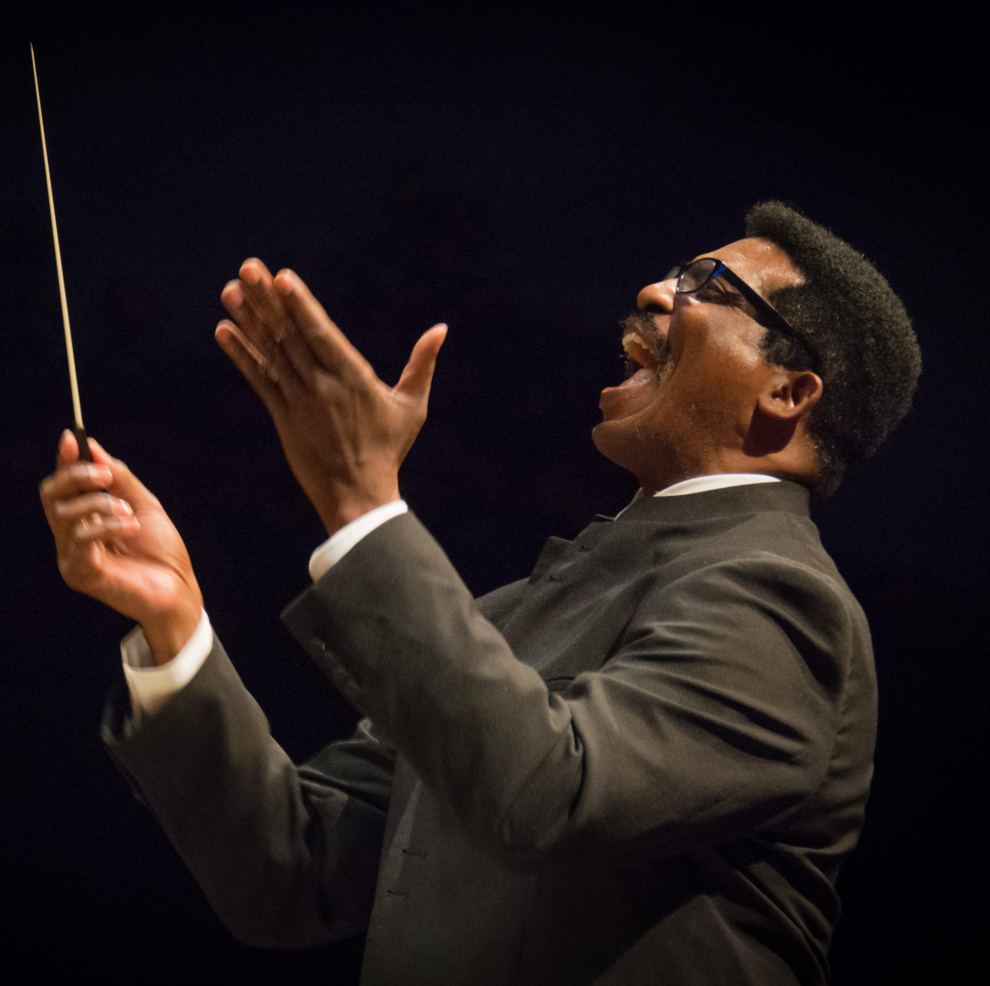 Community Chorus celebrates retiring director Andre Thomas at Saturday's concert