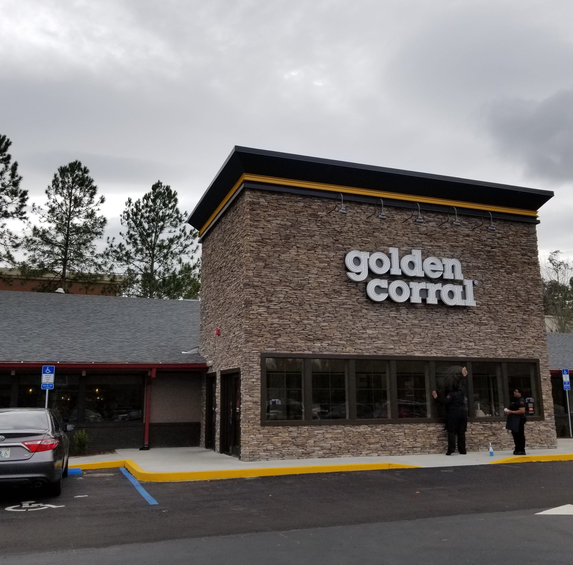 Tallahassee Golden Corral reopens following extensive renovations