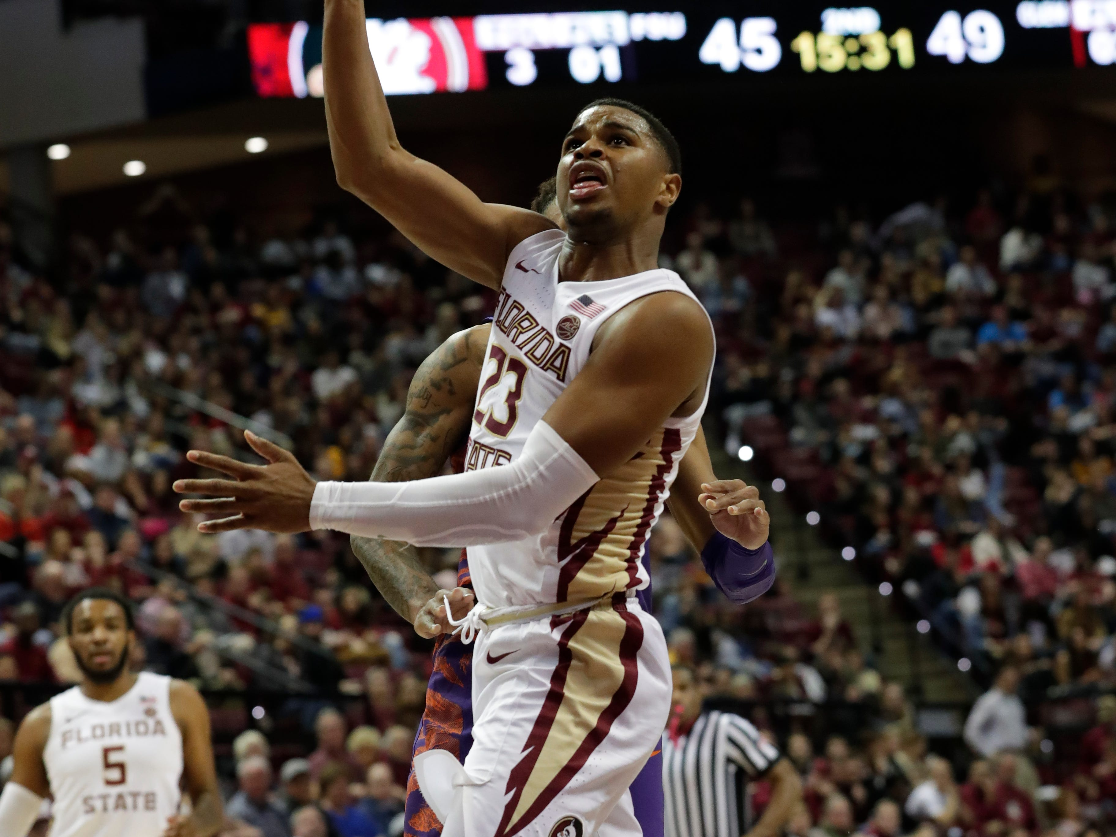 Florida State Seminoles guard M.J. Walker (23) shoots for two. The Florida State Seminoles face off against the Clemson Tigers at the Tucker Civic Center, Tuesday, Jan. 22, 2019.