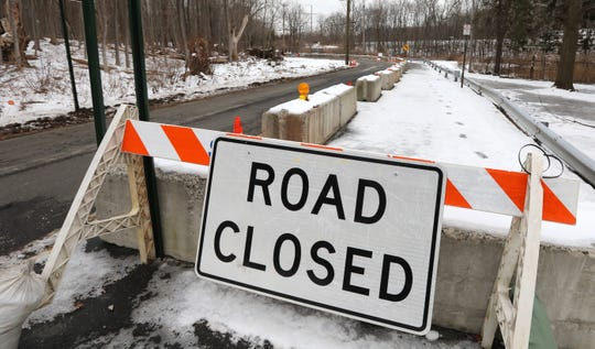 Erosion on the banks of the Mahwah River has forced the Village of Suffern to close the eastbound lane of Memorial Dr., making the road a one-way road westbound only Jan. 23, 2019.