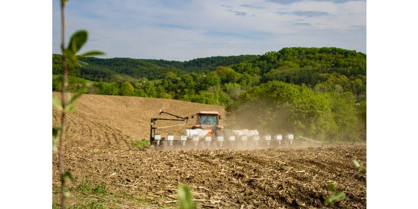 Find out more about what to expect in 2019 at the upcoming Wisconsin Agricultural Outlook Forum.