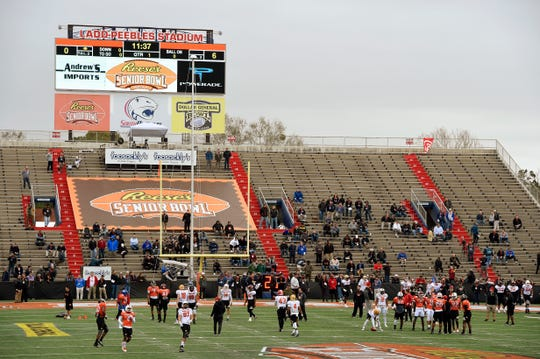 South squad runs through drills during the Senior Bowl practice at Ladd-Peebles Stadium.