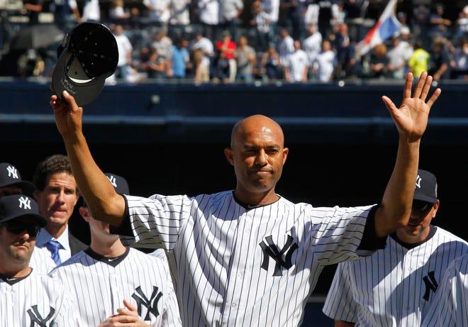 President Donald Trump congratulates Mariano Rivera on Baseball Hall of Fame induction
